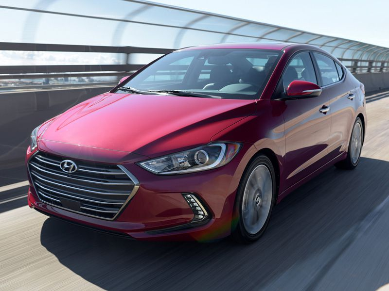 10 Things You Need to Know About the 2017 Hyundai Elantra