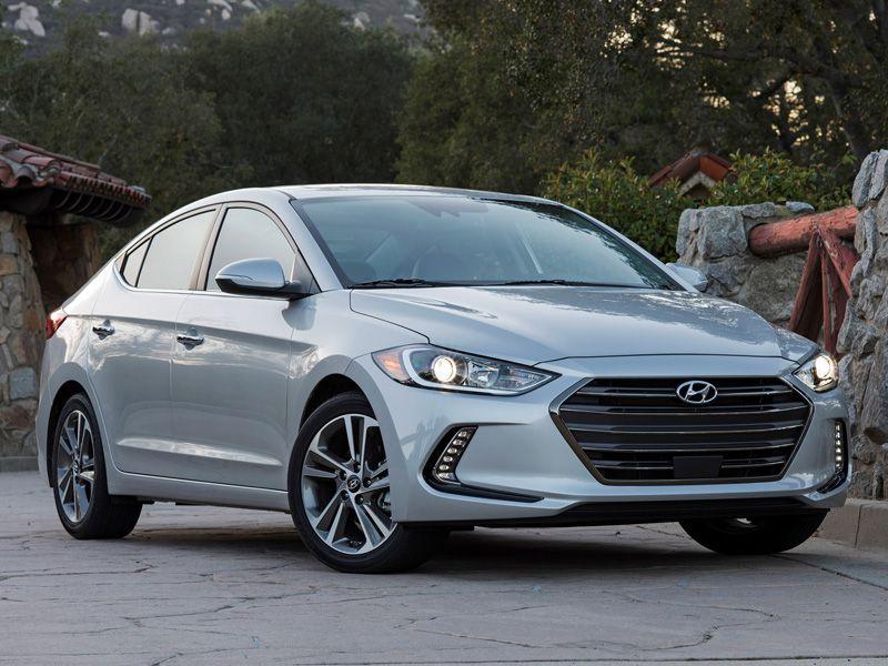 Elantra 2017 Silver >> 10 Things You Need To Know About The 2017 Hyundai Elantra