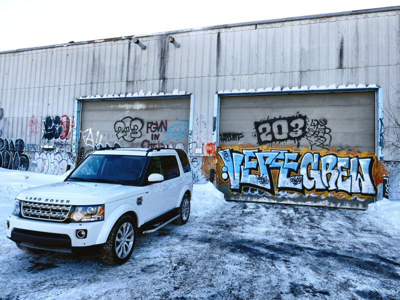 10 Best SUVs in Snow