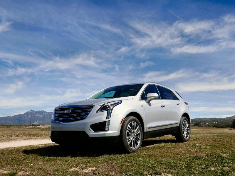 2017 cadillac xt5 road test and review. Black Bedroom Furniture Sets. Home Design Ideas