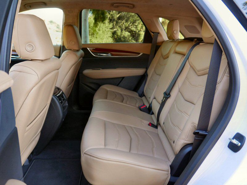 Ger Better Cabin The 2017 Cadillac Xt5