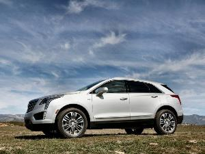 2017 Cadillac XT5 Road Test and Review