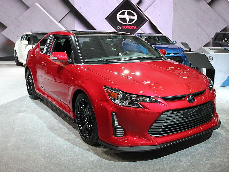 must see sports cars at the 2016 new york auto show. Black Bedroom Furniture Sets. Home Design Ideas