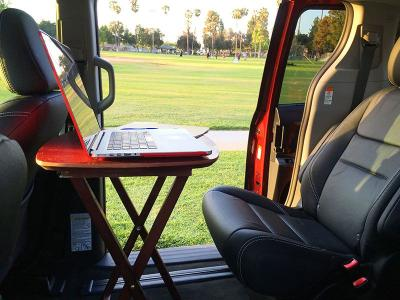 8 Clever Mom Hacks for Minivan Owners | Autobytel com