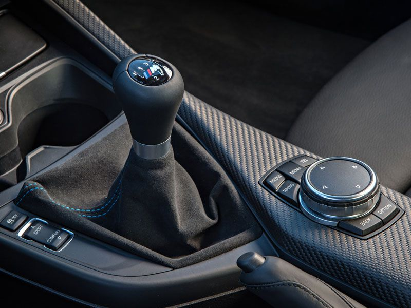 10 things you need to know about the bmw m2 coupe. Black Bedroom Furniture Sets. Home Design Ideas