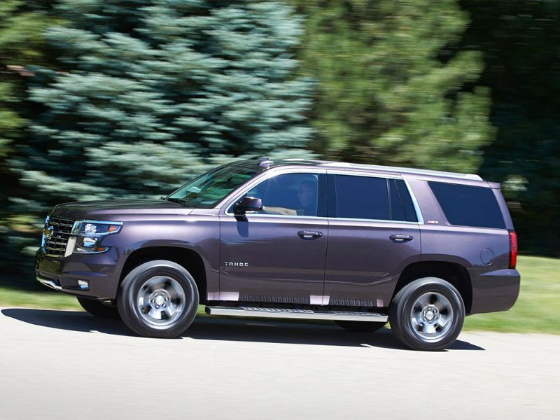 10 Best SUVs for Towing a Boat | Autobytel.com