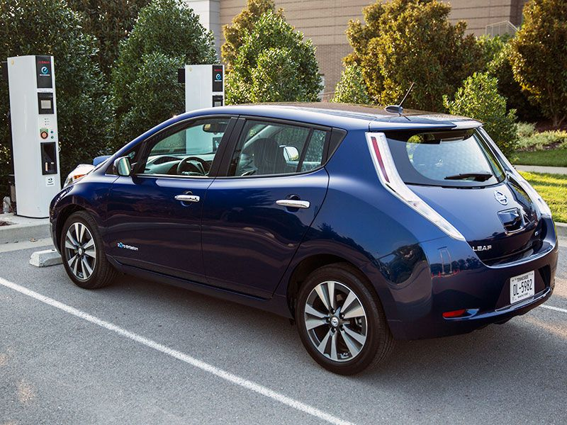 4 2016 Nissan Leaf Msrp 29 010 It S One Of The Most Affordable Electric