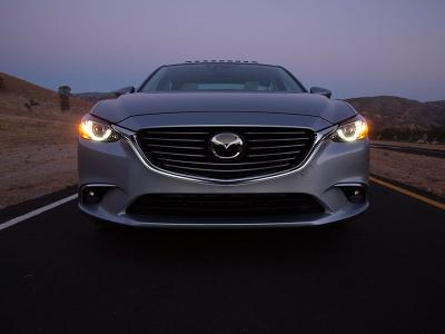 10 Cars with Adaptive Headlights | Autobytel com