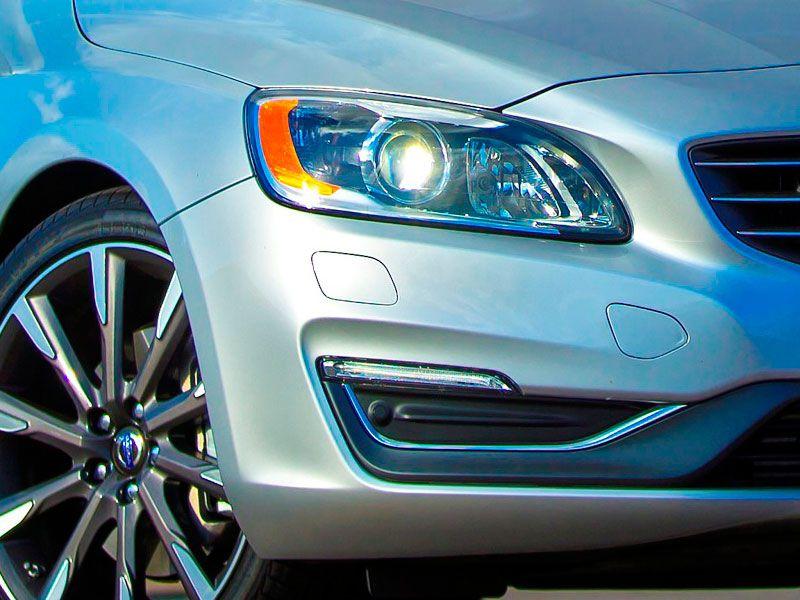 10 Cars With Adaptive Headlights Autobytel Com