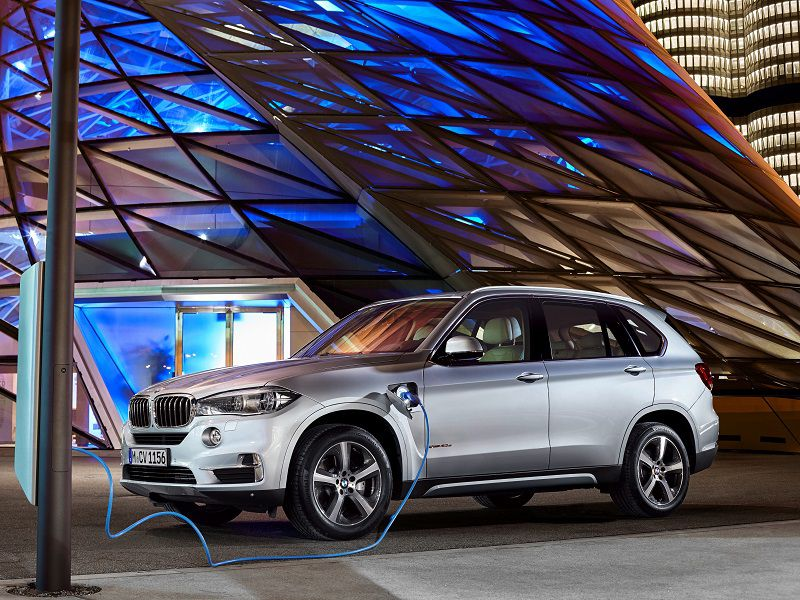 10 Plug In Hybrid Suvs Current And Upcoming Autobytel Com