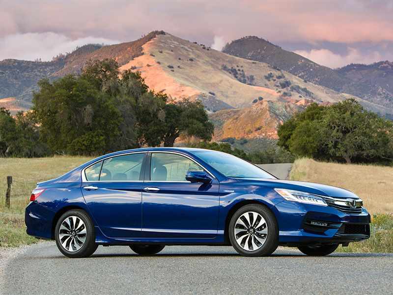 2017 Honda Accord Hybrid profile