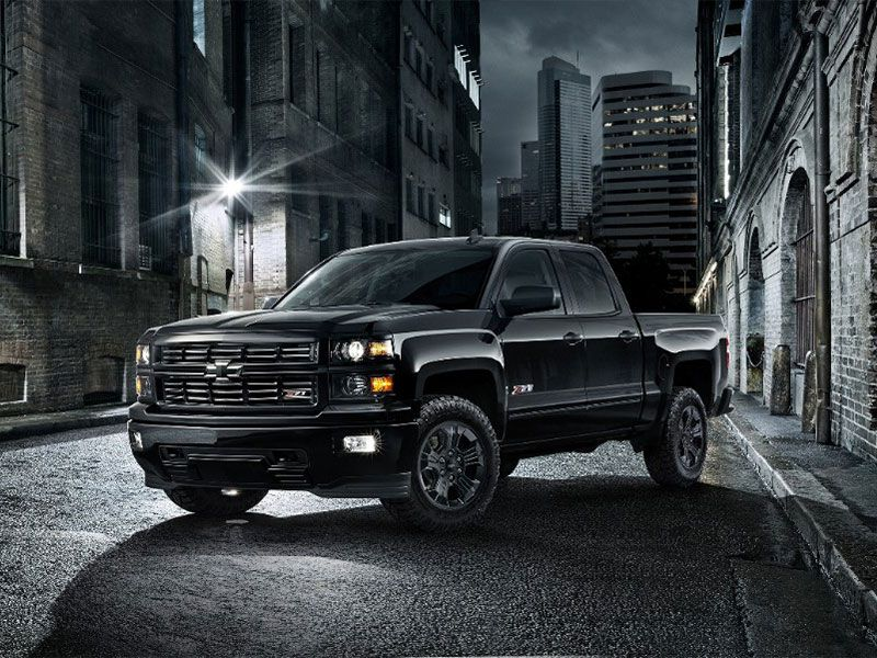 2017 chevrolet silverado vs 2017 ford f 150 which is best. Black Bedroom Furniture Sets. Home Design Ideas