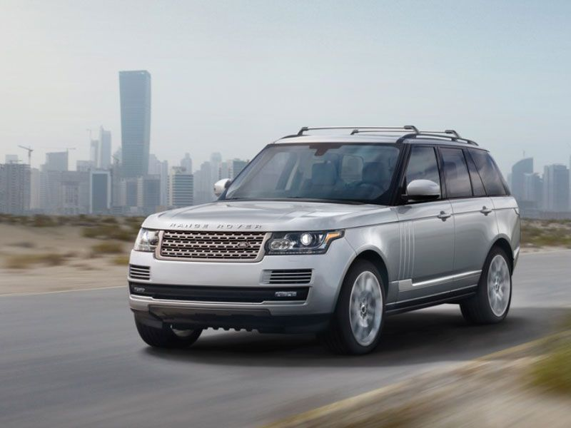 2016 Land Rover Range Rover on road