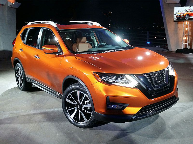 10 things you need to know about the 2017 nissan rogue. Black Bedroom Furniture Sets. Home Design Ideas