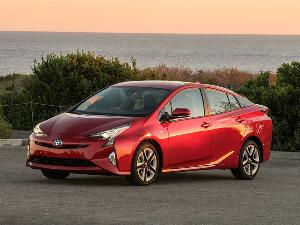 2016 Toyota Prius Road Test and Review