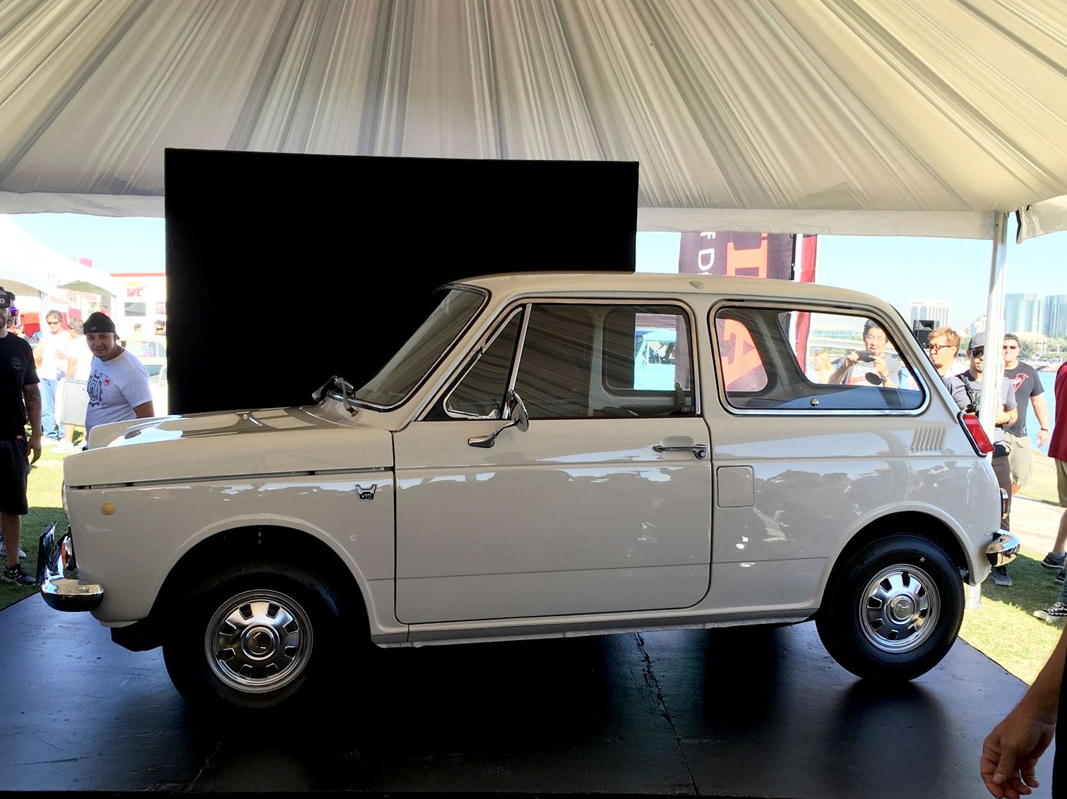 30 Rare and Nostalgic Cars from the Japanese Classic Car Show ...
