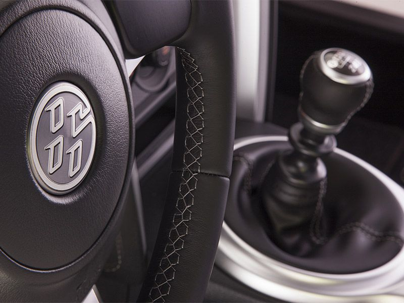 10 Top Cars with Manual Transmissions for 2017