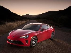 10 Things You Need to Know About the 2017 Toyota 86