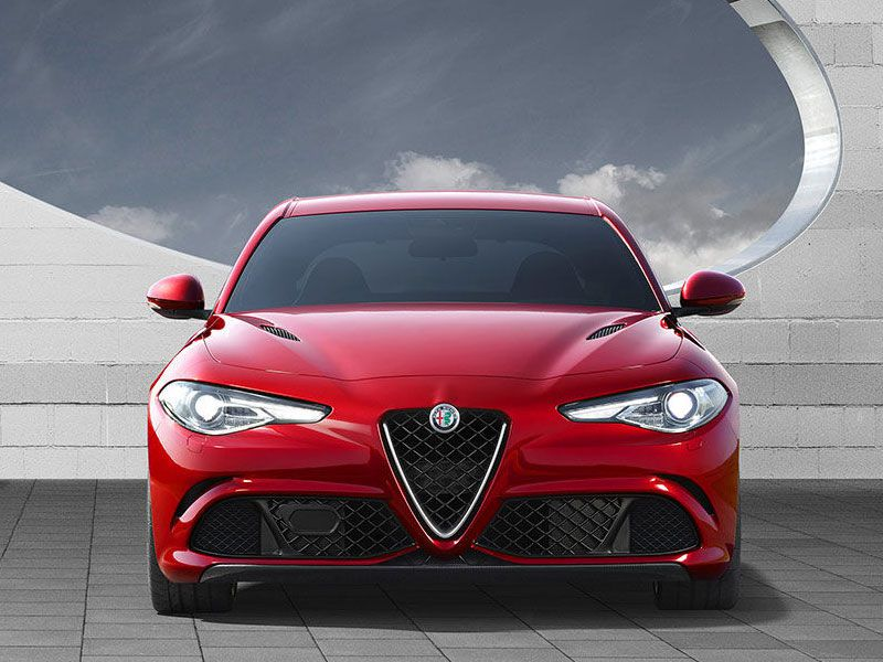 10 Top Italian Luxury Cars
