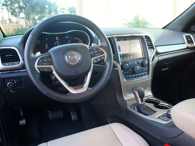 2017 jeep grand cherokee road test and review - 2017 jeep grand cherokee interior colors ...