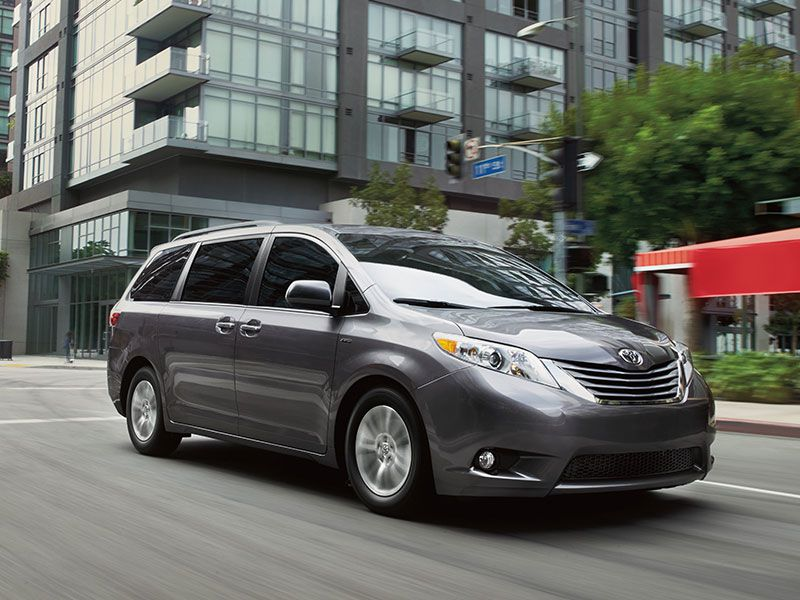 10 Reasons the 2017 Toyota Sienna Wins Autobytel Buyer