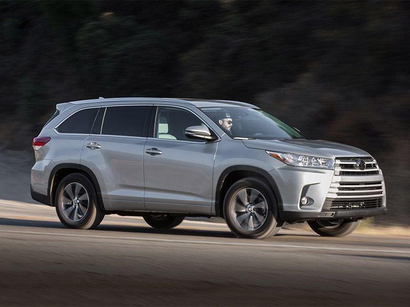 2017 Toyota Highlander Xle >> 2017 Toyota Highlander Road Test and Review   Autobytel.com