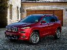2017 Jeep Cherokee Overland exterior front angle