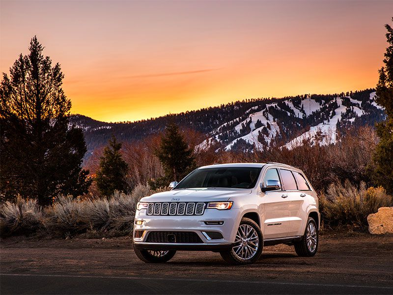 10 Things You Need to Know About the 2017 Jeep Grand Cherokee