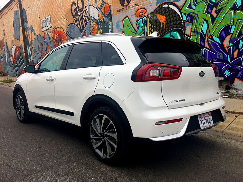 Kia Soul Plus 2011 >> 10 Things You Need to Know About the All-New 2017 Kia Niro Hybrid Crossover | Autobytel.com