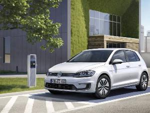 10 Things You Need to Know About the 2017 Volkswagen e-Golf
