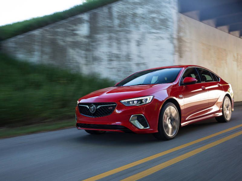 2018 Buick Regal GS hero