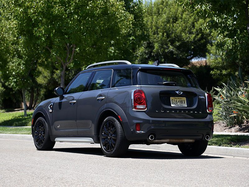 10 Things You Need to Know About the 2017 MINI Countryman ...
