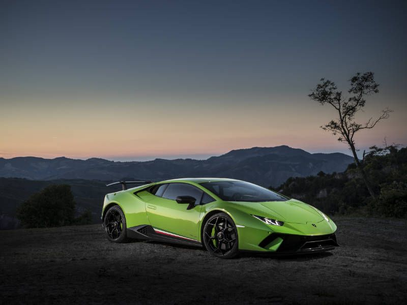 2018 lamborghini huracan road test and review. Black Bedroom Furniture Sets. Home Design Ideas