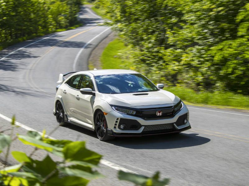 The 2018 honda civic hatchback comes in five trim levels.