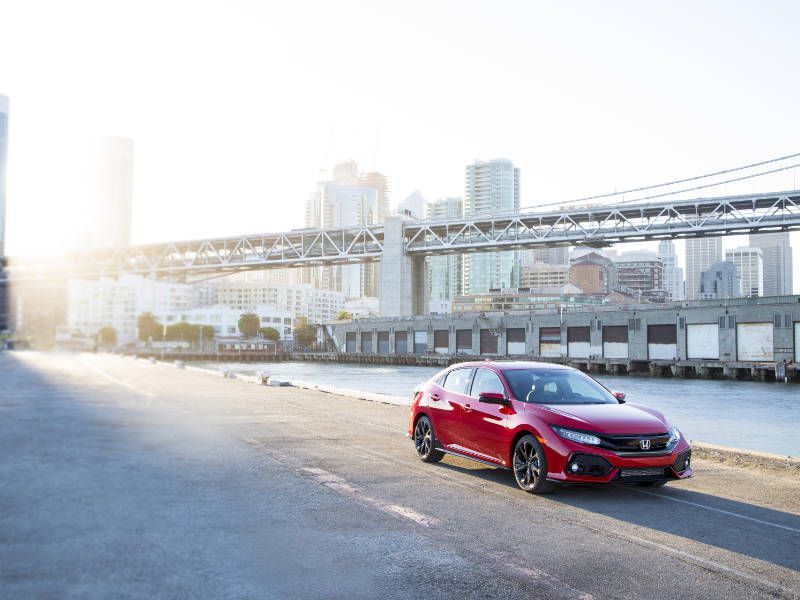 10 Reasons the 2018 Honda Civic is the AutoWeb Buyer's Choice Best Car of the Year