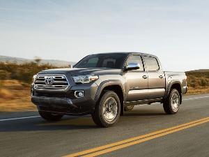 10 Reasons the 2018 Toyota Tacoma is the AutoWeb Buyer's Choice Best Small Truck