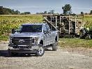 2018 Ford Super Duty XL front three quarter hero