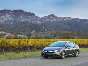 2018 Honda Clarity Plug-in Hybrid Road Test and Review