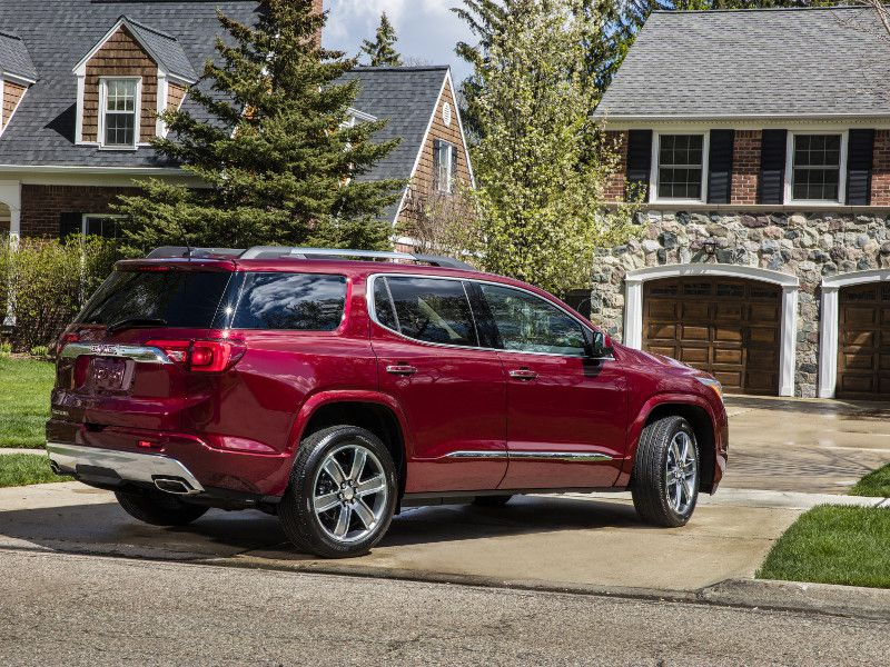 10 Best Six Passenger Vehicles