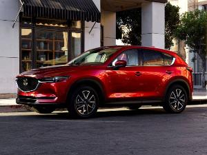 2019 Jeep Cherokee vs. 2019 Mazda CX-5: Which Is Best?