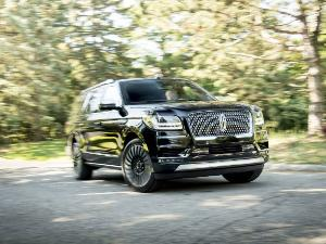 2018 Lincoln Navigator Road Test and Review