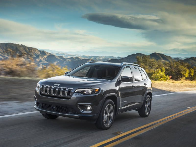 2019 Jeep Cherokee hero