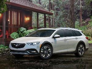 2018 Buick Regal TourX Road Test and Review