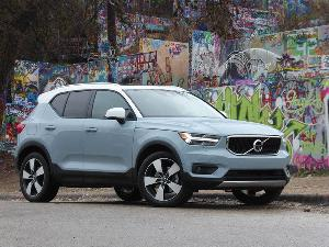 10 Things You Need to Know About the 2019 Volvo XC40