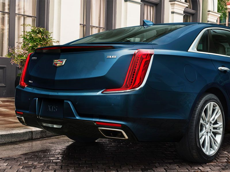 2018 Cadillac XTS Road Test and Review | Autobytel.com