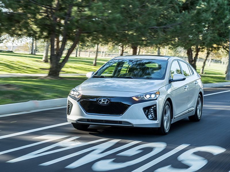 10 Best Electric Cars to Buy in 2018 | Autobytel.com