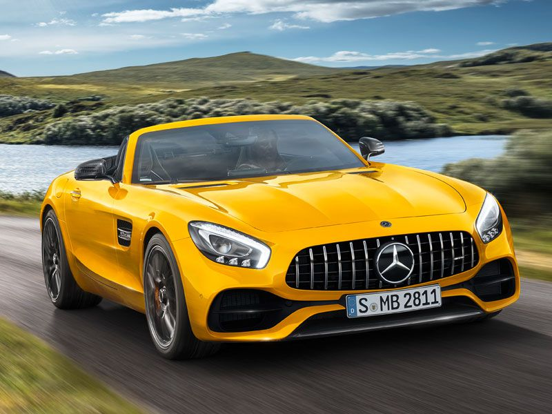 5 Things You Want to Know About the 2019 Mercedes-AMG GT S Roadster