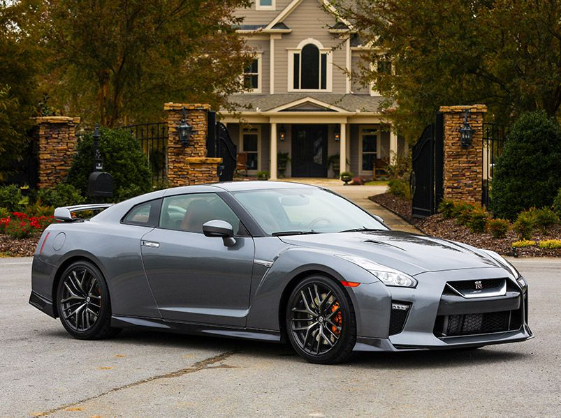 2018 Nissan GTR front three quarter parked