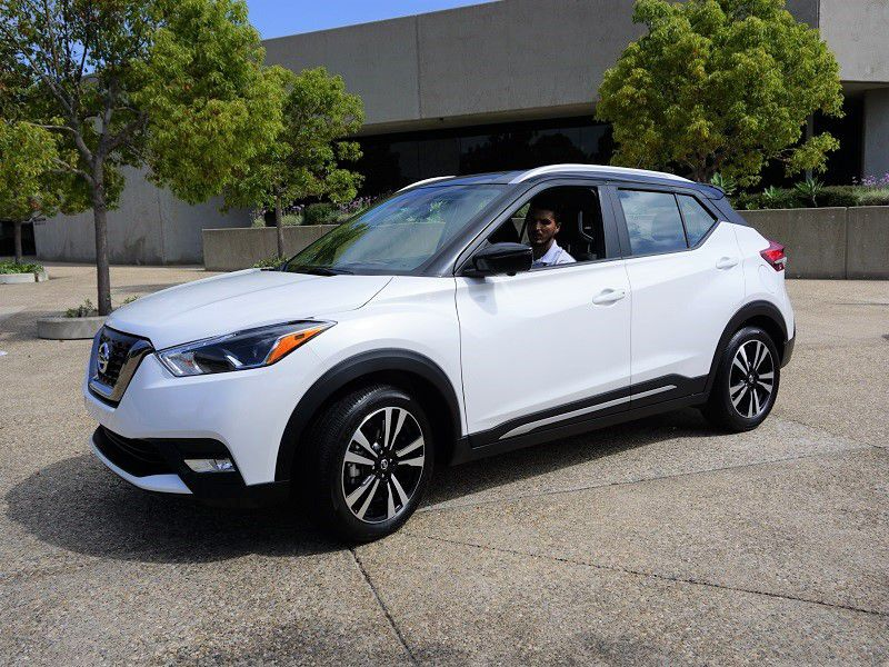 2019 Nissan Kicks Front Quarter White