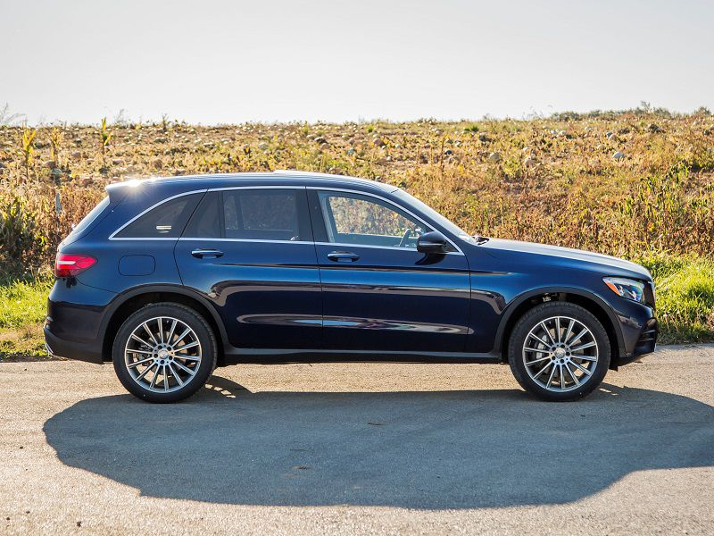 2018 Mercedes Benz GLC300 Black Profile
